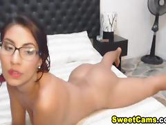 Horny Nerd Babe Got Her Ass Banged by Her Partner
