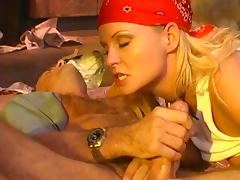 Flamboyant babe called Dee tries to give the guy a stunning cock ride
