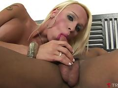 Shakira Voguel & Poax in Sizzling Shemale Shakira Takes Multiple Loads - Tranny