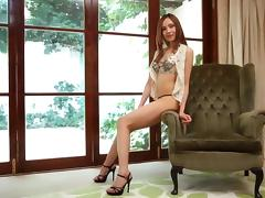 Reona's newest lover is ready to give her a mind-blowing spooning!