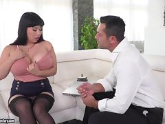 Luscious raven-haired bimbo with giant hooters gets her pussy drilled