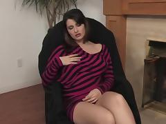 Titia MILF fireplace masturbation
