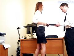 Employee submits to his sexy boss and licks her feet