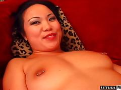 Small tits Asian dame bend over to enjoy hardcore smash