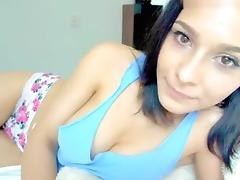 busty_mia private video on 07/10/15 17:42 from MyFreecams