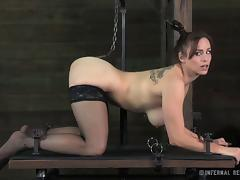 Bella Rossi is getting tortured in the doggy style position