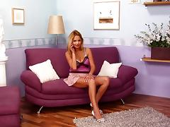 Naughty Leticia spreads her legs for an amazing masturbation game