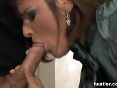 Bellina in Euro Glam Bang #31 - Hustler