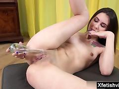 Russian pornstar piss with cumshot
