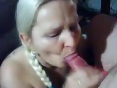 Mature bitch gets a blowjob