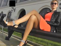 Public pantyhose footjob