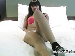 Banging black amateur pussy on casting