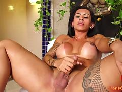 Shemale Isabelle Ferreira Dildoing Herself