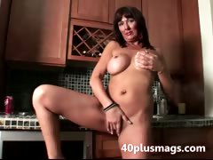 Real experienced housewife porn video