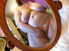 BBW cumming on phone cam