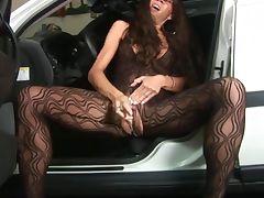 Creamy Car Seat Squirter
