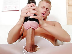 Fit guy gay pantyhose masturbation video