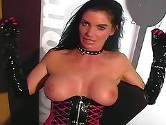 Kinky Carmen masturbates pussy in boots