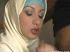 Hot Arab Slut Shows Her Awesome Sucking and Fucking Skills
