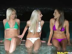 Hot tub babes in bikinis