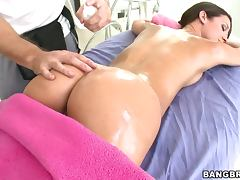 Rough Anal Sex With The Oiled Up Teen Bruentte Jada