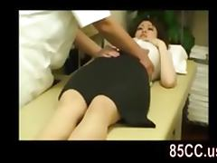 amateur OL seduced by masseur porn video