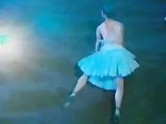Burlesque naced show T02 1