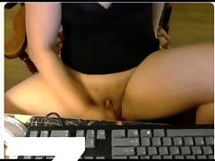 chubby woman masturbates on webcam with dildo