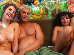 Annie Cruz VS Missi Daniels are two perverted cocksucking chicks