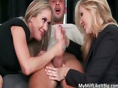 Awesome blonde babes Julia Ann porn video