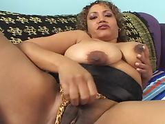 Cumming Inside Voluptuous Latina MILF Cala Vraves' Pussy