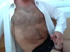 loads from hairy guys