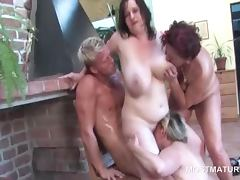 Mature in orgy gets licked in pussy to mouth scene