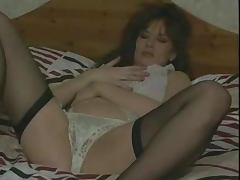 Lisa Phillips satisfies herself in her room in cute vintage clip