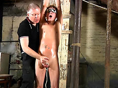 Bailey Onice sucks tasty dick of slender Sebastian Kane