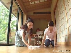 Luscious Japanese MILFs give a handjob and a blowjob