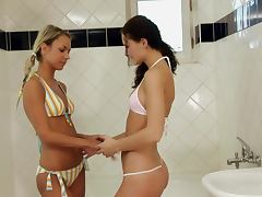 Andy and Kamille enjoy toying each other's vags in the shower