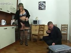 Old Fucking Fat Horny Momma Gets Her Ass Fucked During Pussy Pumping