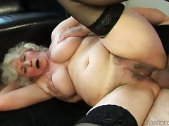 Slutty granny gets her old pussy licked and fucked