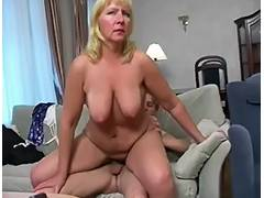 Saggy granny bonks porn video