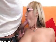Nasty mature slut goes crazy part4