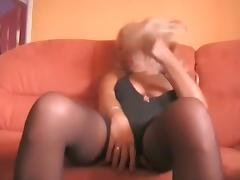 Gaped older lalin beauty squirts also