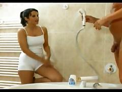 shower with trainer