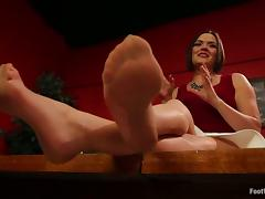 Cliff Adams fucks Krissy Lynn and makes her give him a footjob