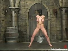 Mallory Knots enjoys having leads on her tits and water in her lungs