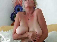 Busty granny needs to get off in pantyhose porn video