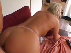 Papa - She gets Analled  By A Lucky Stud In The Living Room