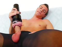 Gay stimulates his meaty rocket with a toy