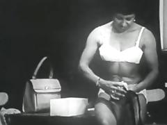 Retro Porn Archive Video: Femmes seules 1950's 08 porn video