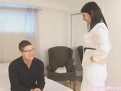 TiffanyPreston: She swallow nerd sperm